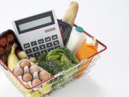 Россияне стали меньше тратить в магазинах