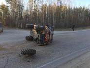 На трассе столкнулись снегоболотоход и мотоцикл