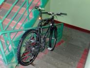 Не оставляйте велосипеды в подъездах!