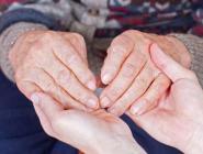 147 приемных семей для пожилых людей создано в Поморье за пять лет