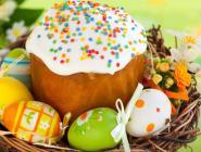 Более половины россиян пекут куличи и красят яйца на Пасху