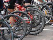 День молодёжи в Коряжме отметили профсоюзным велопробегом