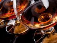 В России проверят производителей коньяка и шампанского