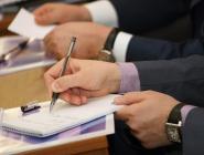 Депутаты предлагают ввести дополнительный контроль за работой глав муниципальных образований и должностных лиц местных администраций