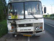 Автобус и КамАЗ не поделили дорогу в Коряжме