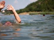 Спасатели предупреждают: купаться в непригодных для этого местах смертельно опасно!