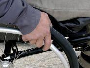 За отказ обслуживать инвалидов и пенсионеров предложили штрафовать