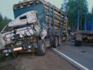 Серьезная авария с участием трех КАМАЗов произошла ночью в Козьмино