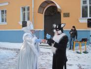 Королева льда встретит гостей в новом наряде