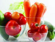 В Роспотребнадзоре заявили, что нитратов в овощах все больше