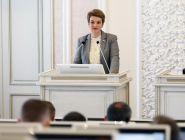 На сентябрьской сессии депутаты рассмотрят социальные инициативы главы региона