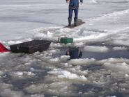 Спасатели Поморья призывают рыбаков воздержаться от выхода на лед