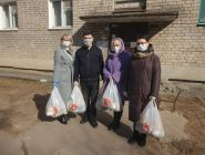 В Коряжме оказывают помощь пожилым людям
