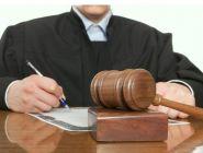 Закон не предусматривает возможности предъявления исковых требований к судье